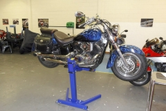Lifting Harley Davidson motorcycles